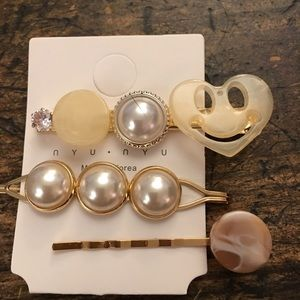 Accessories - Pink cream pearl acrylic hair barrette pins bundle